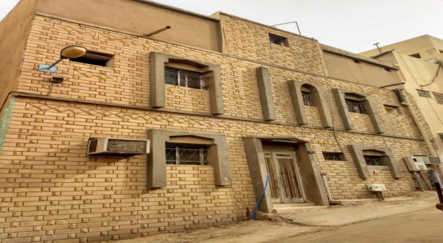 عمارة بمساحة 116.64 بحي الناصرية