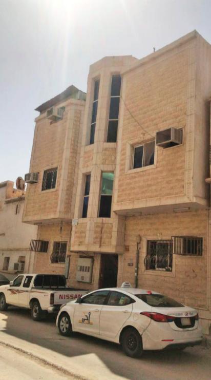 عمارة سكنية حي منفوحة